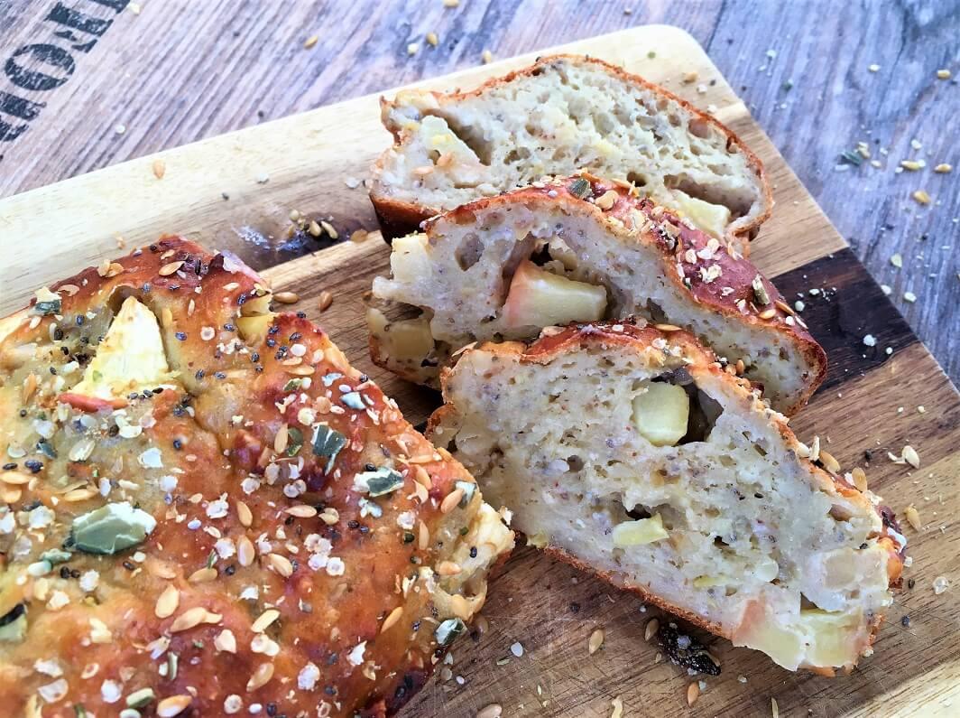 Apfel-Chia-Brot