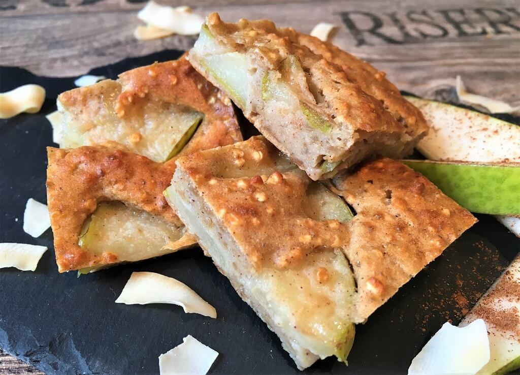 Superfood Schnitten mit Quinoa und Birne