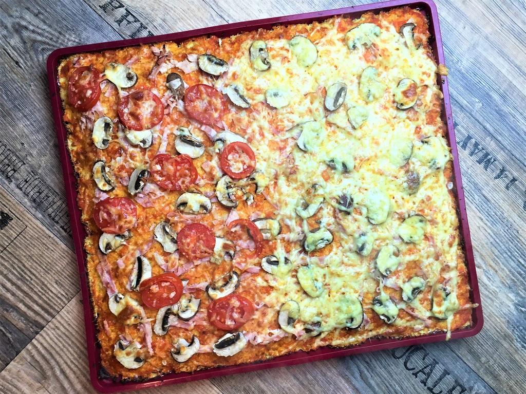 Lowcarb Blechpizza mit Blumenkohl